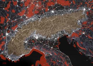 Alpenbogen 2100: Urbanisierung (weiss), Schutzzonen (rot), Common Ground (gelb).