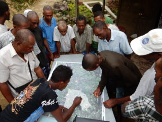 Participatory mapping in one of the case study sites (Madagascar). Julie Zähringer, 2016