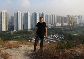 Christian Schmid vor Hong Kong. Foto: Kit Ping Wong