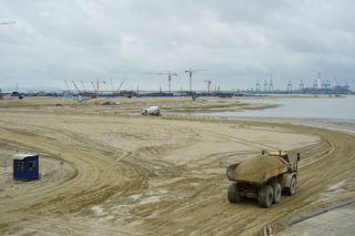 Ongoing land reclamation at Country Garden's «Forest City» development in Johor Bahru, Malaysia (Photography by Hans Hortig)
