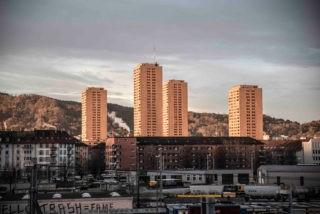 The four public housing towers called 'Hardau' in Zurich, Switzerland. Foto: © Roman Zwicky, zyrokrz.tumblr.com