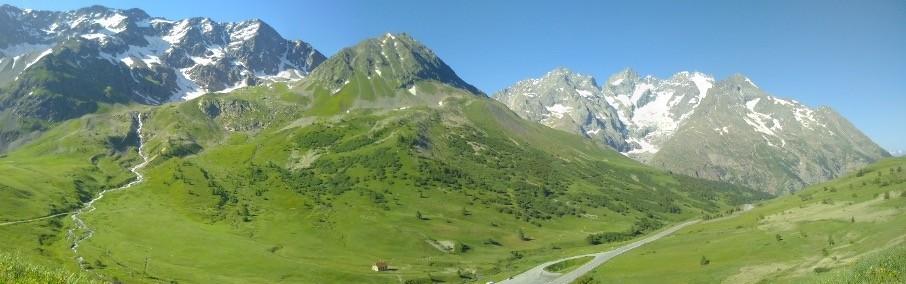 Landscape of the Pays de la Meije from Lautaret pass (Photo by Nicolas Salliou, ETH Zurich)