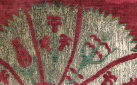 Seventeenth century Ottoman velvet brocade featuring fan-like carnations with a fill of tulips, roses, and hyacinths. Photographs: Lara Mehling, Courtesy of Museum of Fine Arts, Boston.