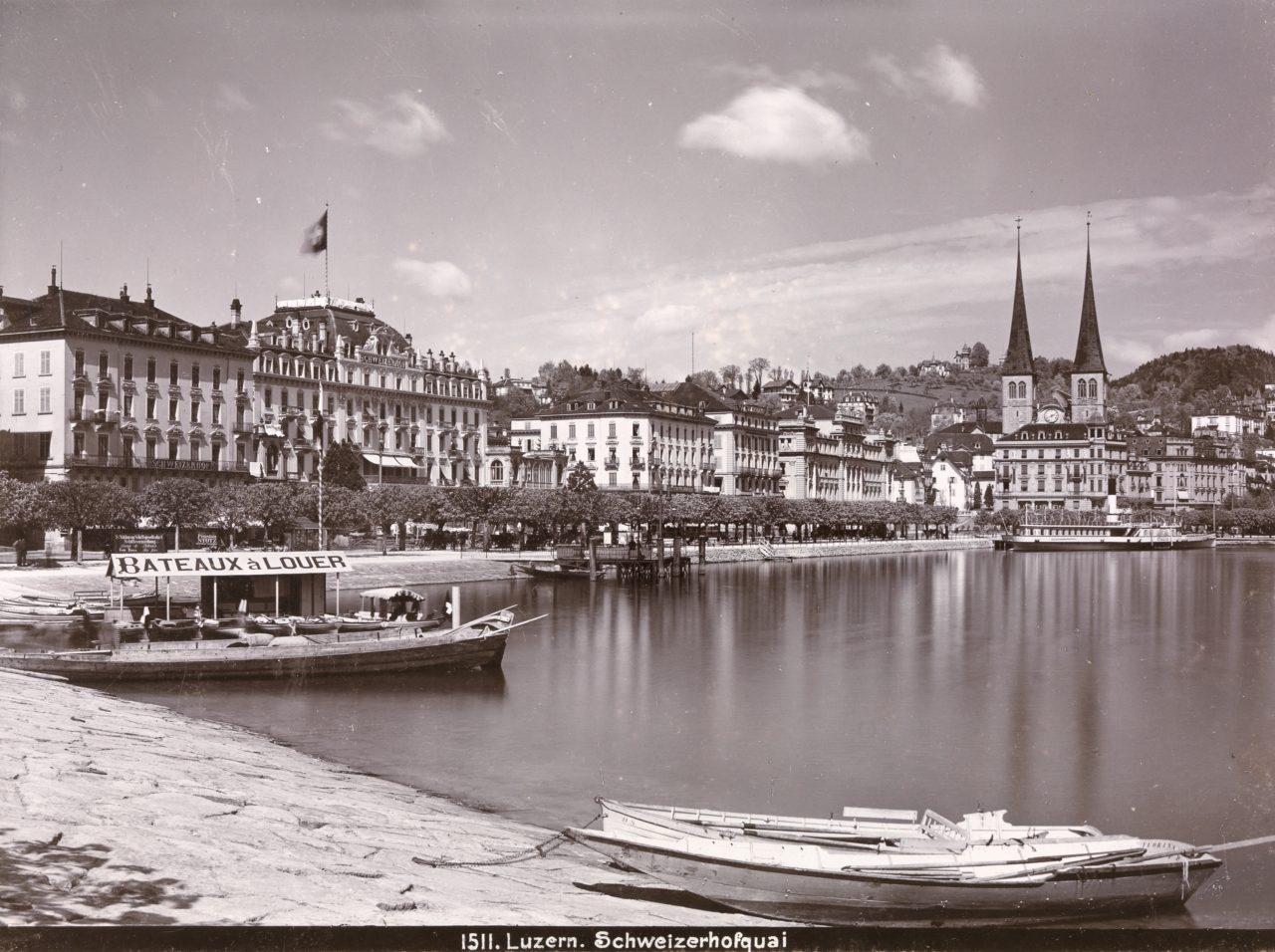 Luzern, Schweizerhofquai, zwischen 1897 und 1900. ETH-Bibliothek Zürich / Bildarchiv / FotografIn unbekannt / Ans_05614, Public Domain Mark.